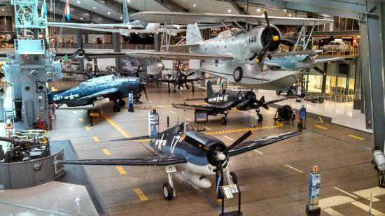 Noble Manor Bed and Breakfast : Navel Air Museum