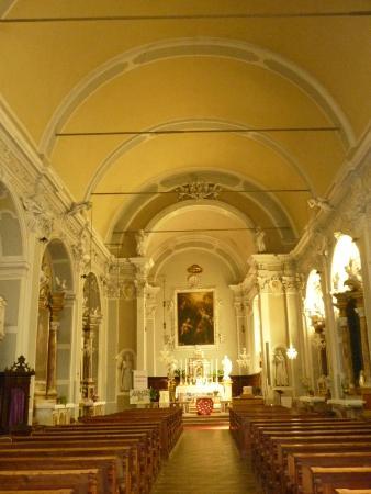Pieve di Ledro, إيطاليا: interno