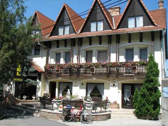 Revesz Hotel and Rosa Spa