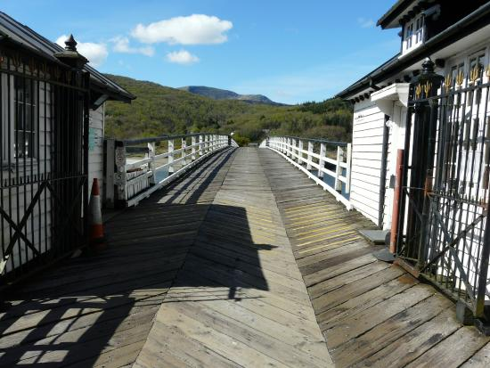 George III Hotel Restaurant: View across the toll bridge at Penmaenpool.