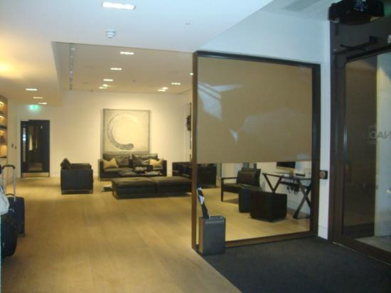 The Nadler Soho: very clean and welcoming lobby