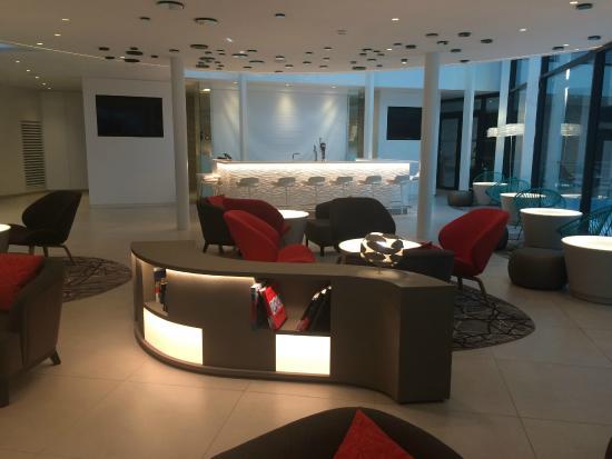 recep o picture of hotel oceania paris roissy aeroport cdg le mesnil amelot tripadvisor. Black Bedroom Furniture Sets. Home Design Ideas
