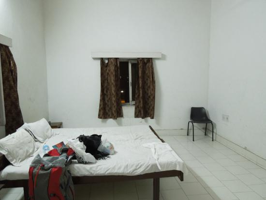 Tourist Guest House : Spacious and simple