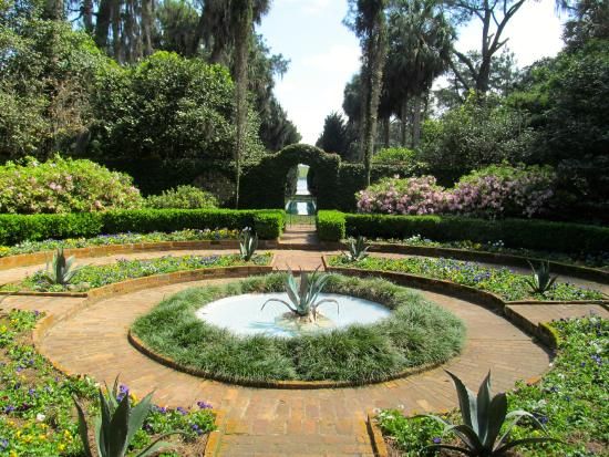 View Inside The Gated Garden Picture Of Alfred B Maclay