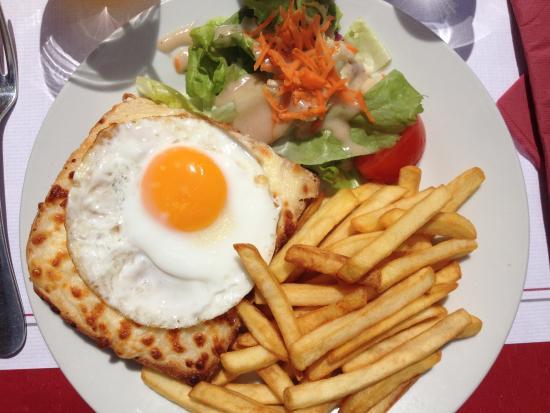 Brasserie Le Glacier : Plat, Croque Madame, frites & salades. 11e