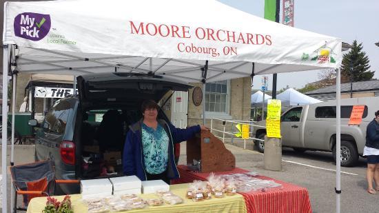 Cobourg, Kanada: Moore Orchards