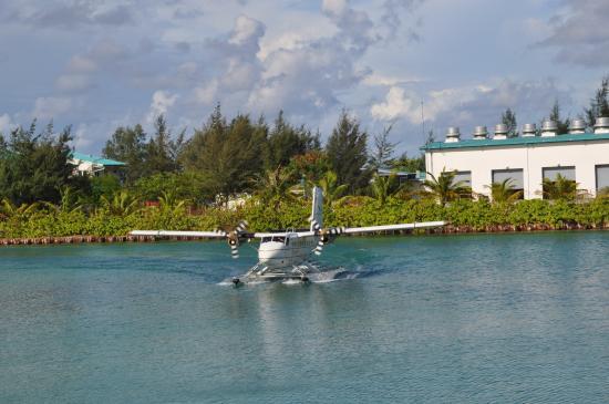 Unbedingt das Wasserflugzeug nehmen, um zu Kuramathi ... wunderschönes Erlebnis