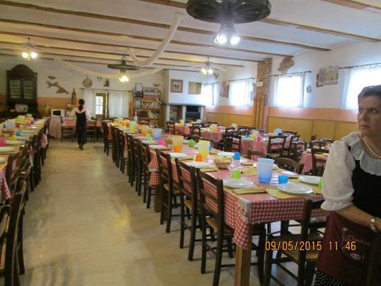 Sala da pranzo foto di la vecchia fattoria bonavicina for Sala pranzo vecchia