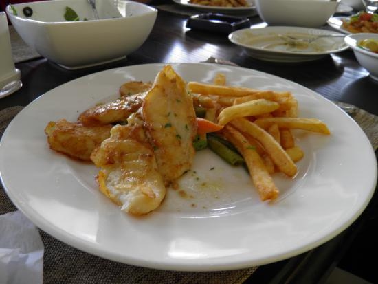floka seafood restaurant : Fish dish