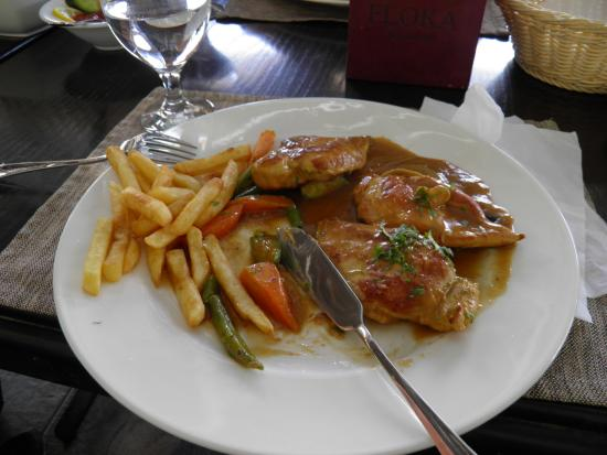 floka seafood restaurant : Chicken fillet and company