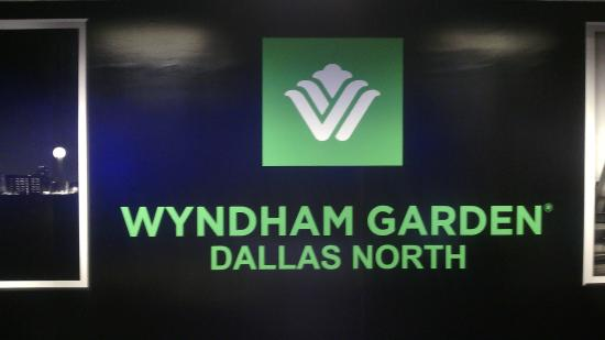 Reception desk picture of wyndham garden dallas north dallas tripadvisor for Wyndham garden dallas north dallas tx 75234