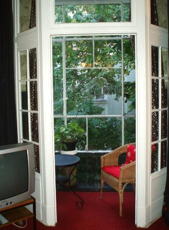 Hotel Pension Dittberner: A suite for 3 people with a lovely garden view