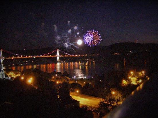 Roosevelt Inn: July 4th Fireworks