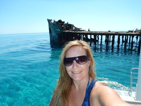 Bimini Undersea : Me and the Sapona