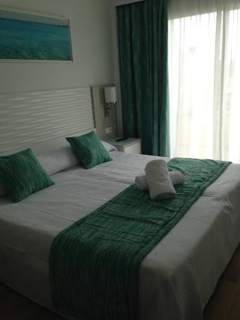 Aparthotel Diamant: camera da letto