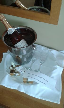 Errigal Country House Hotel: Our beautiful gift!!