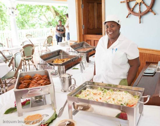 Tropical Lagoon Resort: Ms. Nichole!!