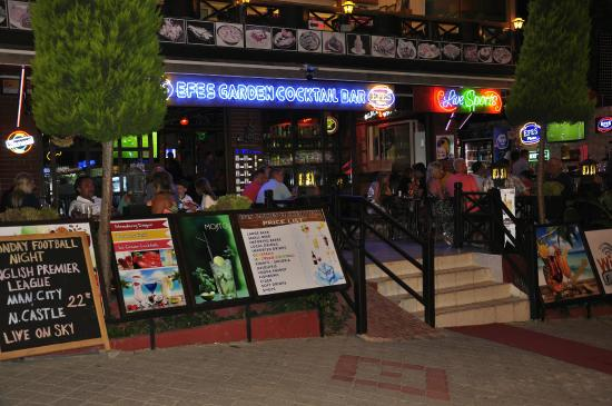 Efes Garden Cocktail Bar