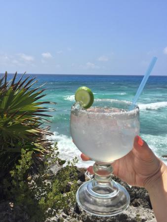The perfect margarita: fotografía de Coconuts Bar and Grill, Cozumel ...