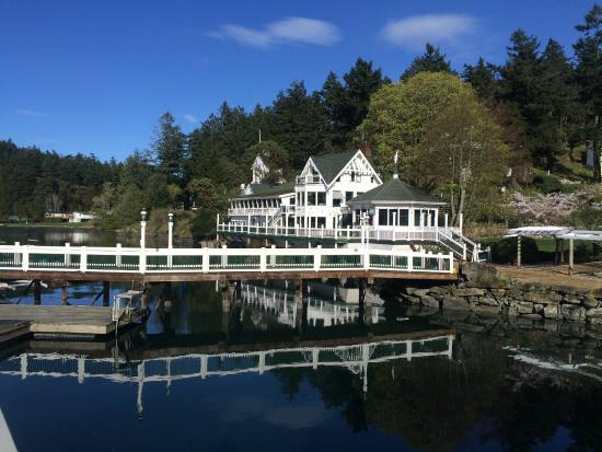 Hotel de Haro at Roche Harbor Resort: Hotel & Grounds