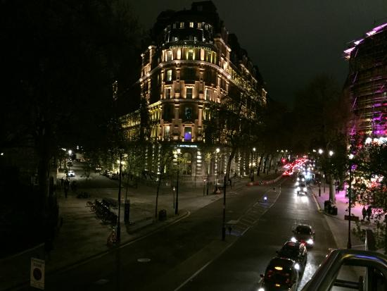 Corinthia Hotel London: Corinthia at Night