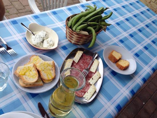 Antica Cucina Rurale Associazione Culturale \'SE Magna\', Castel di ...