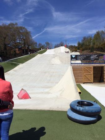 Warmwell Holiday Park Ski Slope: The dry ski slope & ringos