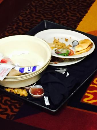 Delta Hotels by Marriott Fargo: Gross!!  This has been in the hallway since we checked in.  And I told the front desk and they d