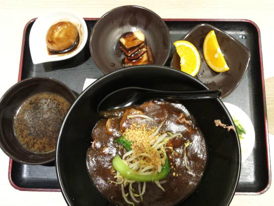 Hock Lam Beef Noodles @ Seah Street: Beef Kway teow in thick gravy set