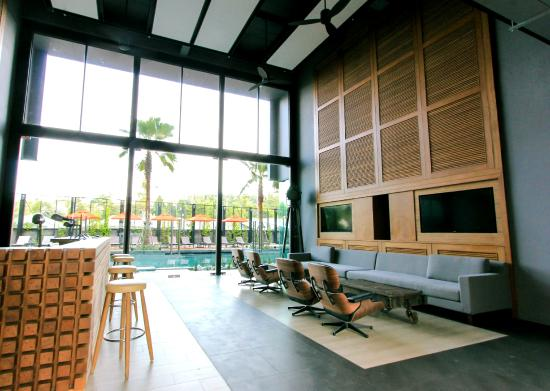 Sugar Marina Resort - Surf: Lobby