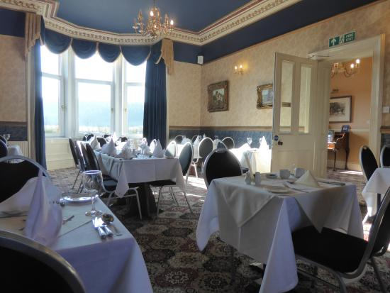 Cressfield Country Hotel: The Dining Room