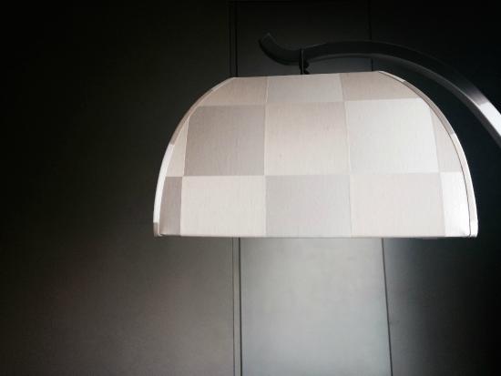 Beste Farben und auffällig Einkaufen Armani Lamp - Picture of Armani Hotel Dubai - TripAdvisor
