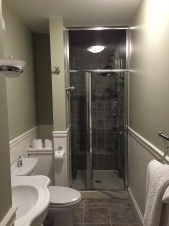 Pine Bush House Bed & Breakfast: Amazing bathroom