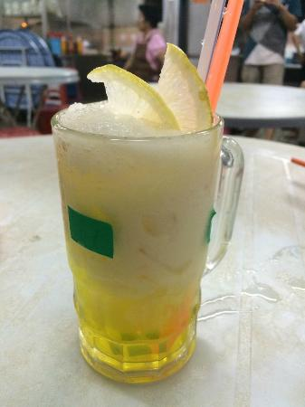 Hui Sing Hawker Center : White Lady Drink