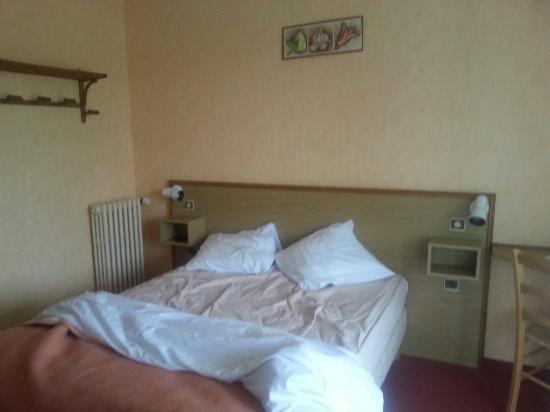 Hotel-Restaurant de Tesse : Room 103