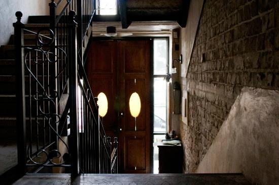 Neve Tzedek Hotel: חדר מדרגות