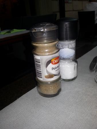 D'ici Et D'Ailleurs : sel/poivre dommage..