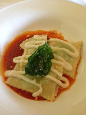 ravioli - Foto van Restaurant Mario, Wijdewormer - TripAdvisor