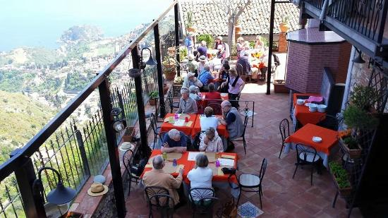 Pizzeria Nina: Terrace with panoramic view