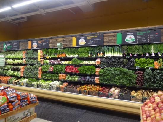 Tomato selection - Picture of Whole Foods Market, Chicago - TripAdvisor