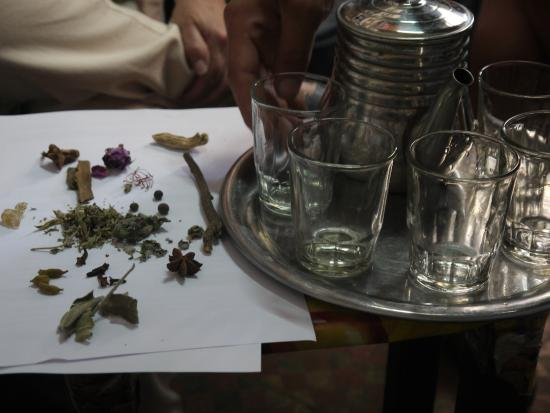 Essaouira Urban Adventures: Driking royal tea in a herbalist's shop