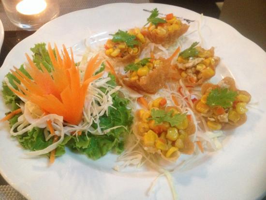 Chicken and cashew nut picture of joe louis thai cuisine for Cuisine asiatique
