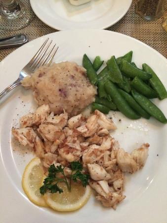 Martin's Restaurant: Crab Saute
