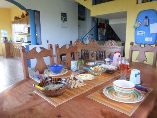 Surf House San Pancho: Breakfast! YUM!