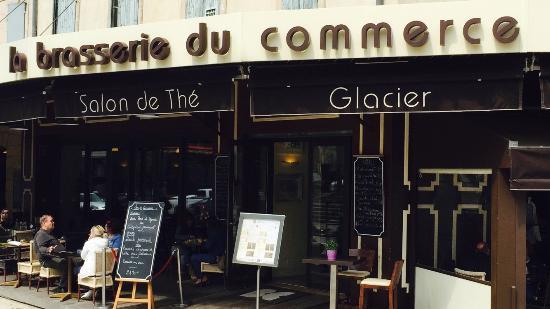 La Brasserie du Commerce : Quick smokes