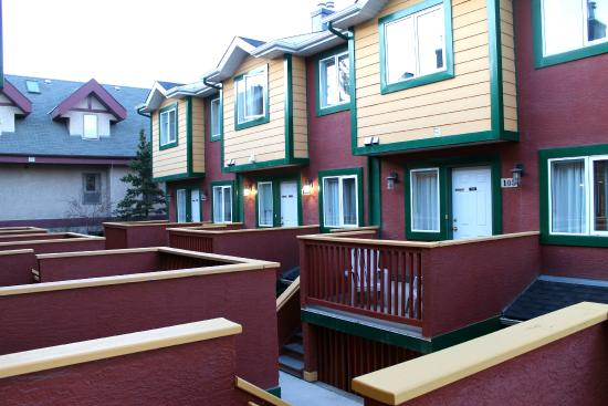 Canadian Rockies Chalets: other condos in the Property