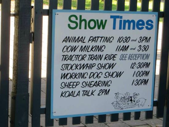 Calmsley Hill City Farm: Show times