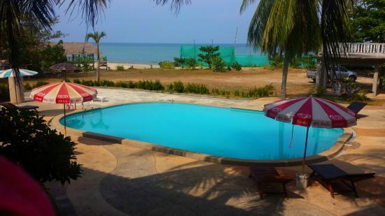 Lanta Darawadee Hotel: Piscine