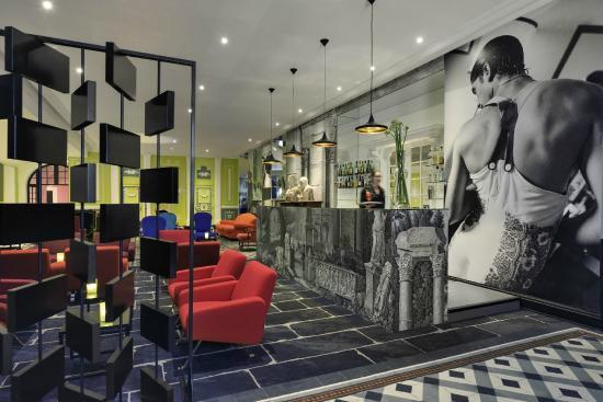 Hôtel & Spa Jules César Arles MGallery by Sofitel : Bar Le Jules