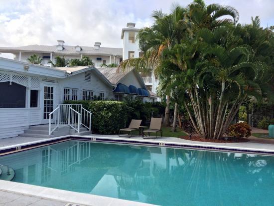 Olde Marco Island Inn and Suites: La piscine
